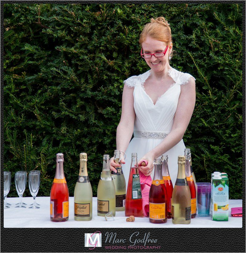 9 top tips to nail your outdoor wedding theme - Drinks