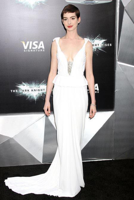 Anne Hathaway Red carpet wedding dress inspiration