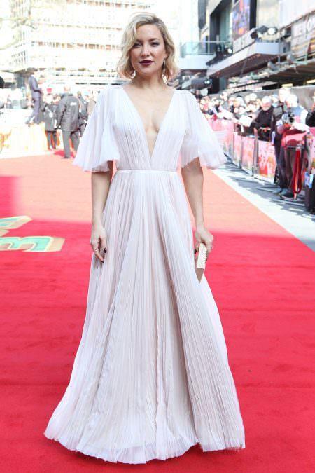 Kate Hudson Red carpet wedding dress inspiration