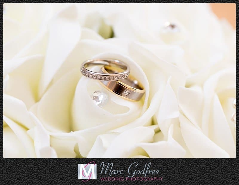 Unmissable wedding day photos- The rings